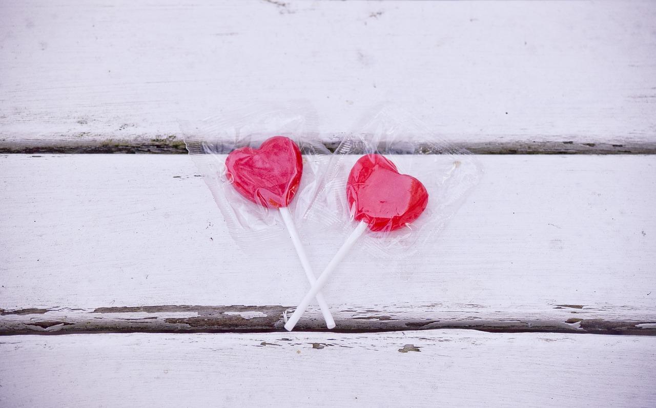 cadouri - sfantul valentin - sfatulparintilor.ro - pixabay_com