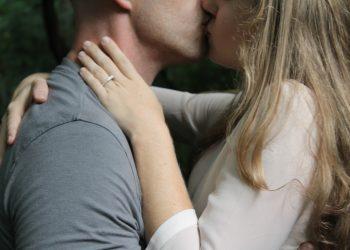 sex - cuplu - sarut - sfatulparintilor.ro - pexels-com - photo