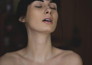 sexy - sfatulparintilo.o pexels-com- photo-185481