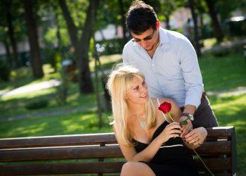 cuplu - sfatulparintilor.ro - pixabay_com - couple-2180541_1920
