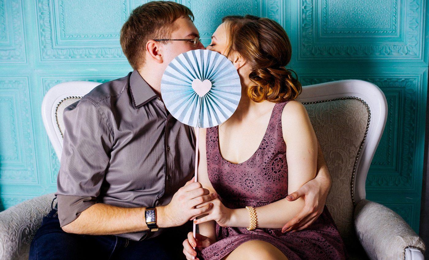 cuplu - sfatulparintilor.ro - pixabay_com - love-2170706_1920