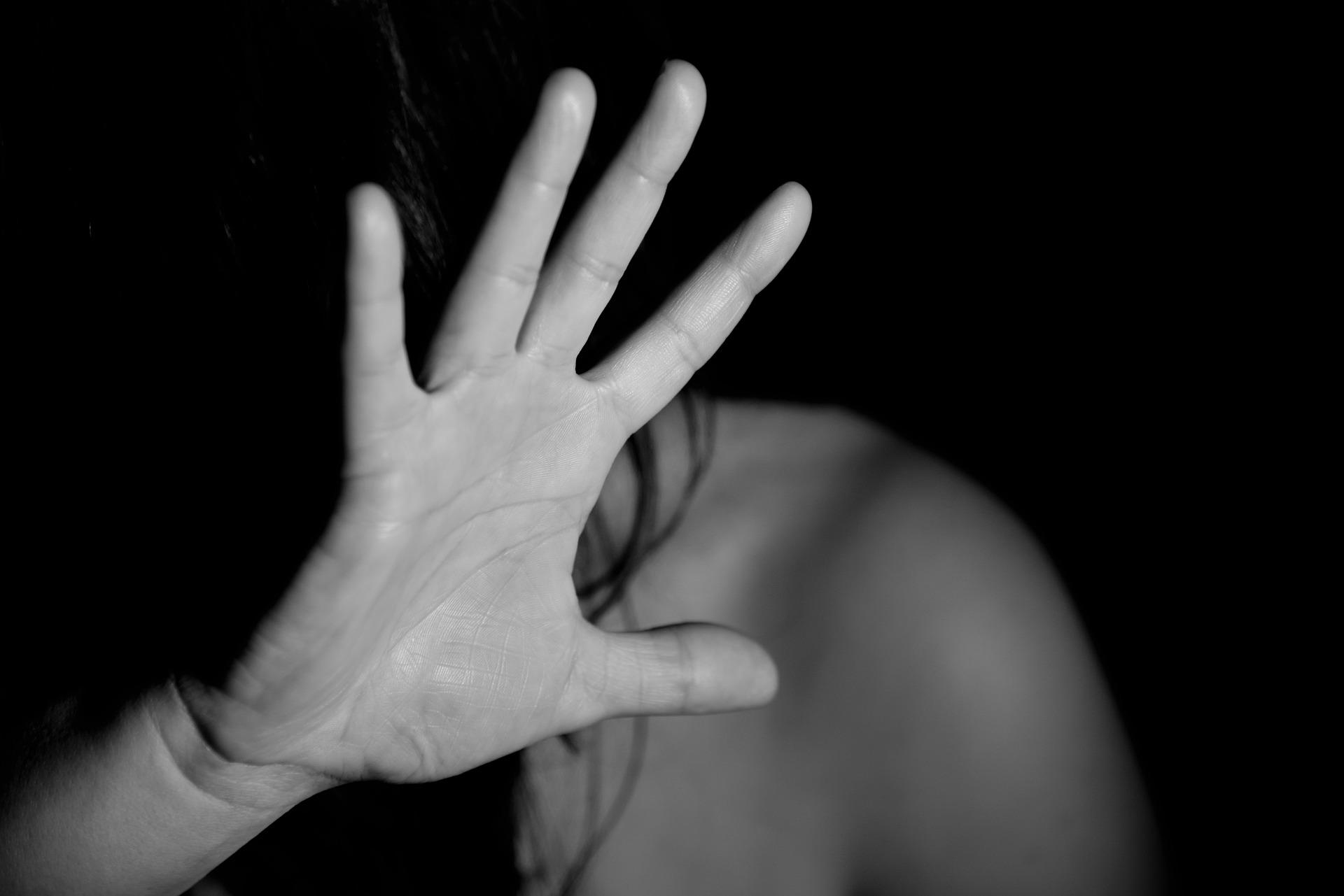 pretexte ca sa nu faci sex - sfatulparintilor.ro - pixabay_com - hand-1832921_1920