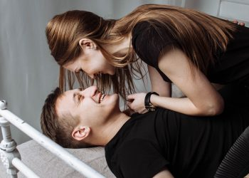 cuplu sexy - sfatulparintilor.ro - pexels-photo-326582