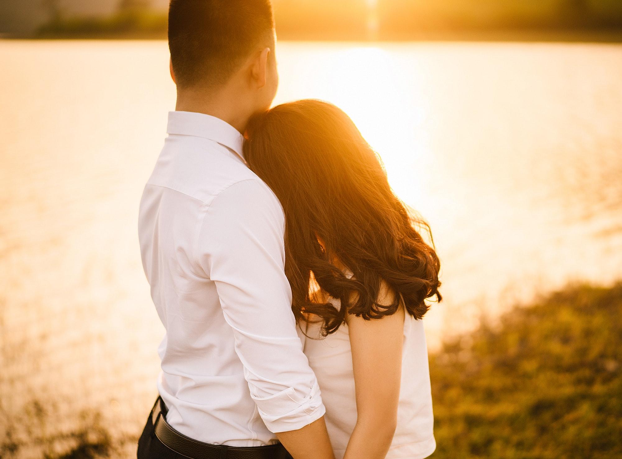 paşi cruciali pentru a-ţi ţine soţul aproape