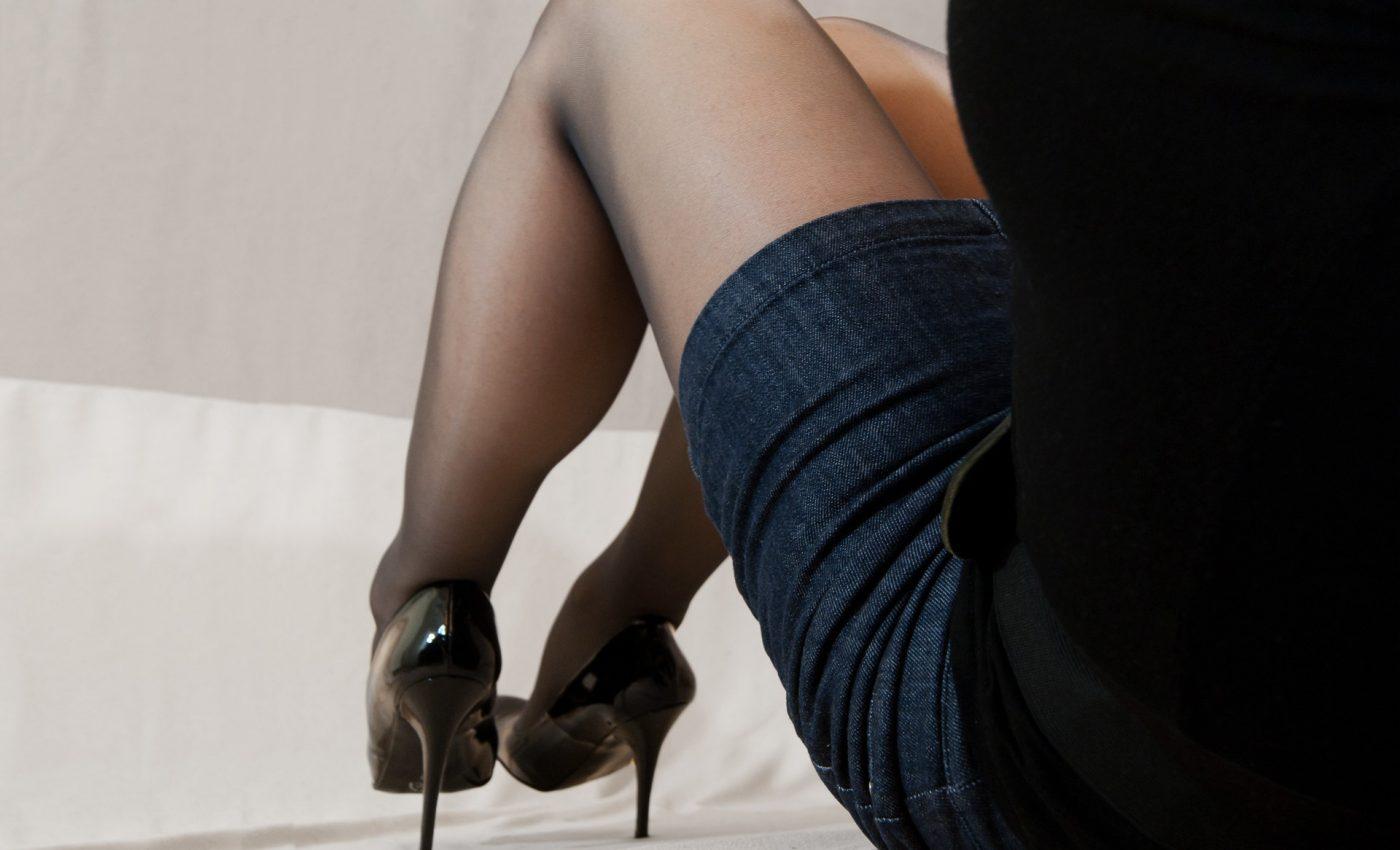 CUM SUNT FEMEILE IN PAT - sfatulparintilor.ro - pixabay_com - woman-3024700