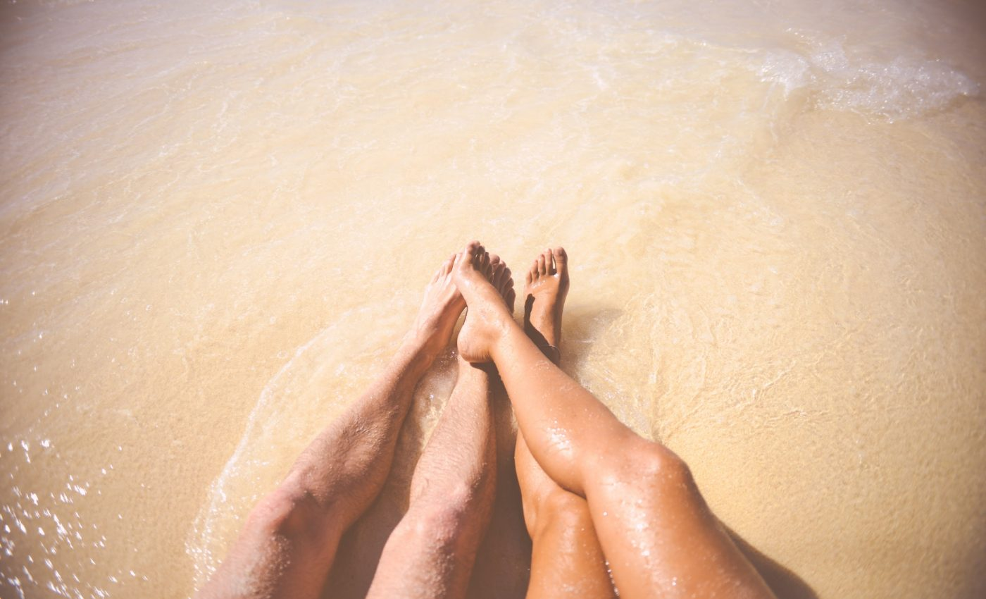 de preludiu - sfatulparintilor.ro - pexels_com - sea-beach-vacation-couple