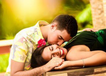 sa devii un amant cat mai bun - sfatulparintilor.ro - pixabay_com - couple-1612679_1920