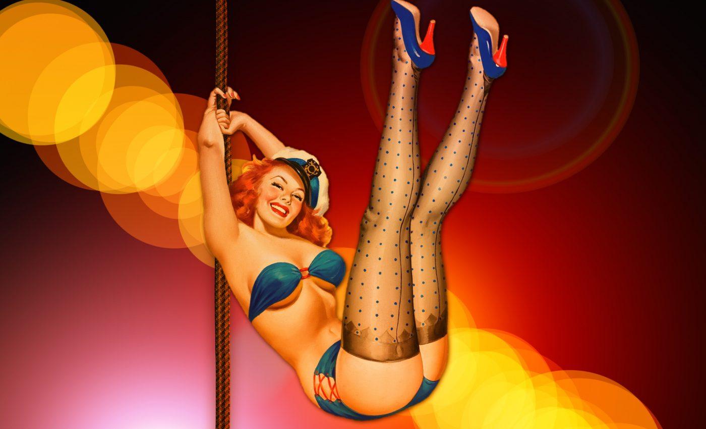 striptease pentru partener - sfatulparintilor.ro - pixabay_com - bikini-234438