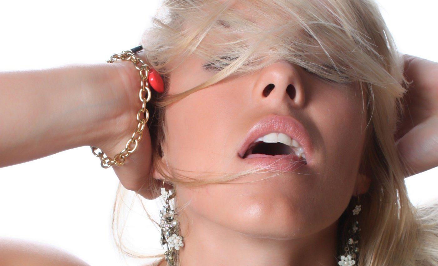 mituri despre orgasmul la femei - SFATULPARINTILOR.RO - PIXABAY_COM - beauty-2481372_1920