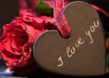 Horoscop dragoste aprilie 2018 - sfatulparintilor.ro - pixbay_com - heart-3215210_1920
