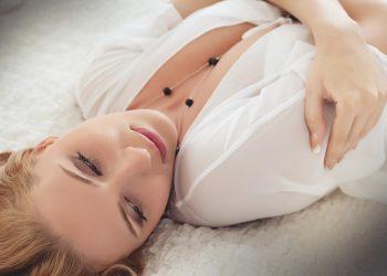 greseli majore pe care femeile le fac in dormitor - sfatulparintilor.ro - pixabay_com - woman-3303709_1920