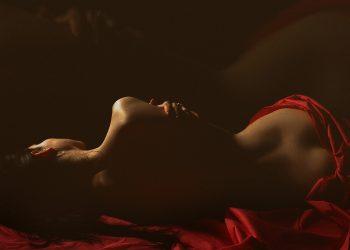motive sa te uiti la filme porno - sfatulparintilor.ro - pixabay_com - back-4387712_1920