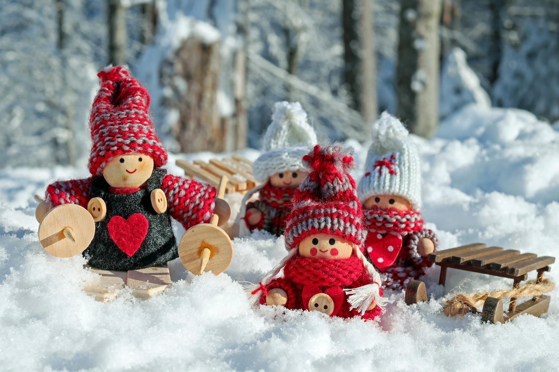 horoscop dragoste -sfatulparintilor.ro - pixabay_com - doll-figures-3015495_1920