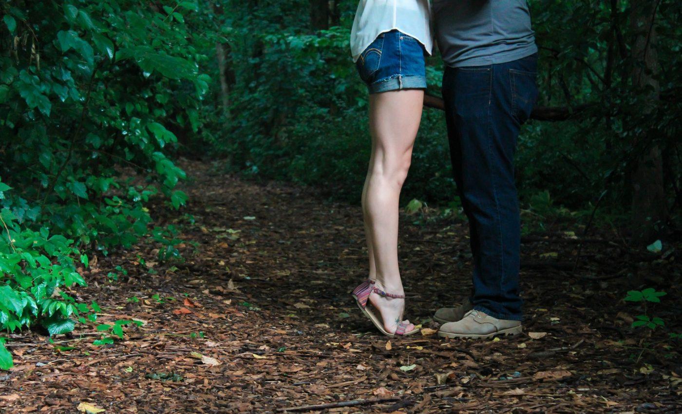curiozitati despre atractia sexuala - sfatulparintilor.ro - pixabay_com - legs-1031318_1920