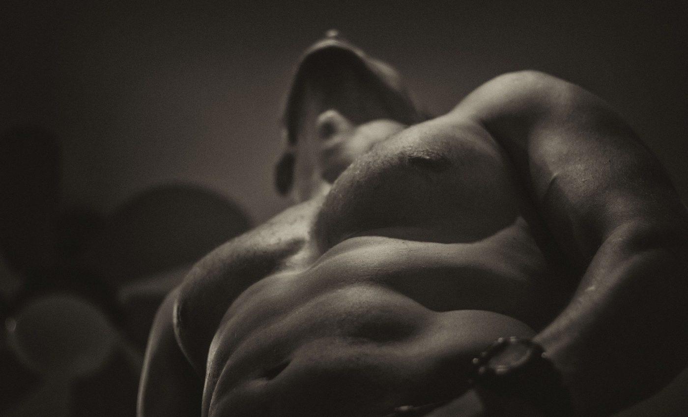 efectele intunecate ale masturbarii - sfatulparintilor.ro - pixabay_com - naked-1847866_1920
