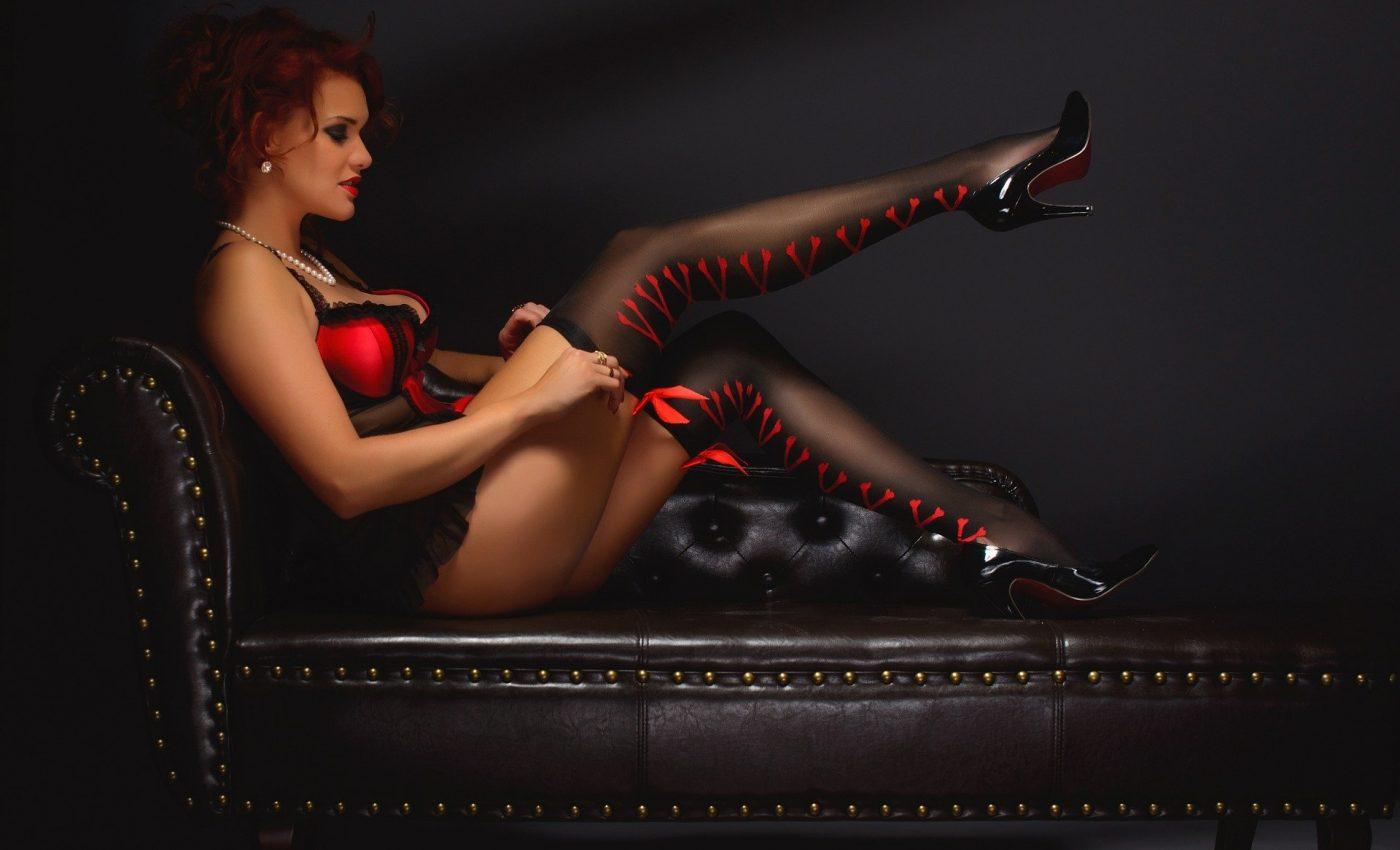 calitati ale femeii perfecte - sfatulparintilor.ro - pixabay_com - erotic-2704262_1920