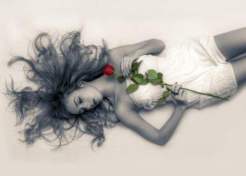 Ce vrea fiecare femeie in pat - sfatulparintilor.ro - pixabay_com - young-girl-531252_1920