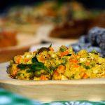 SALATA  cu carne de pasare si legume