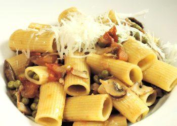 Paste cu legume si condimente - sfatulparintilor.ro - pixabay_com - rigatoni-pasta-885508_1920