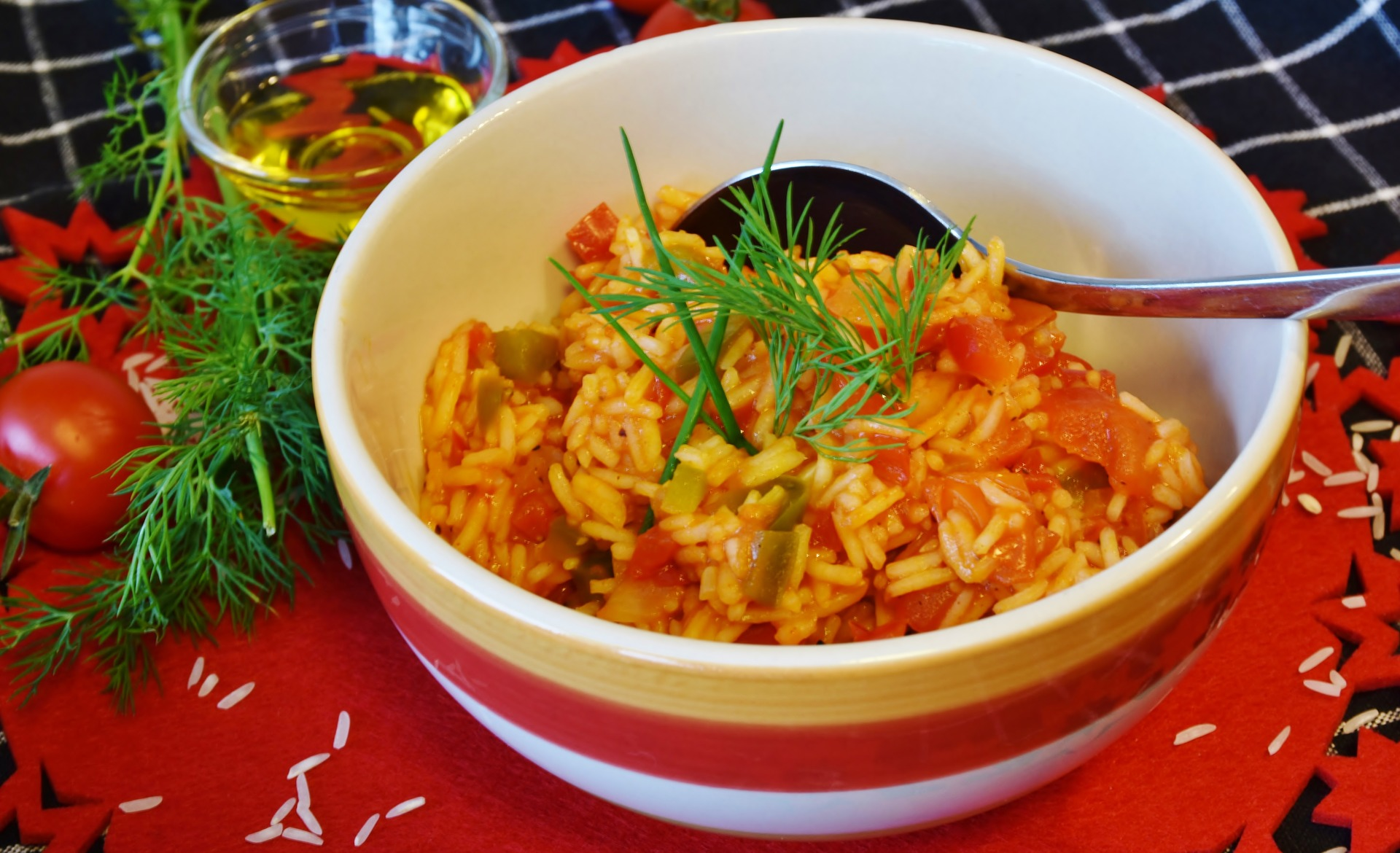 orez cu pui si legume -sfatulparintilor.ro - pixabay-com- rice-3156084_1920