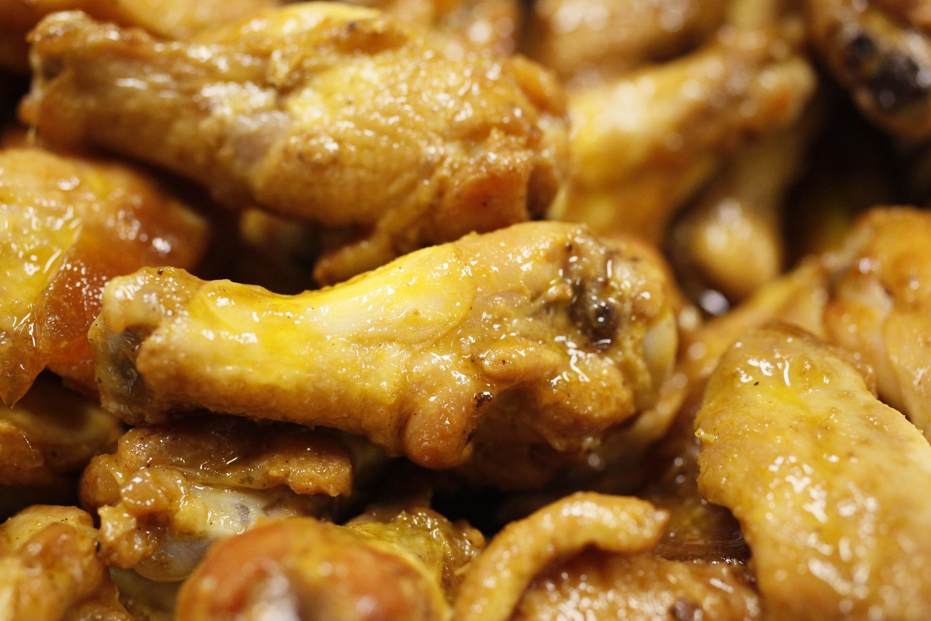 Aripi de pui cu piure - sfatulparintilor.ro - pixabay_com - chicken-wings-466556_1920