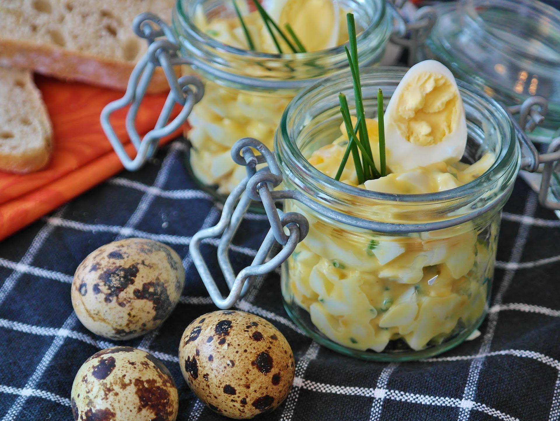 Salata de cartofi cu oua- sfatulparintilor.ro - pixabay_com - egg-salad-3290722_1920