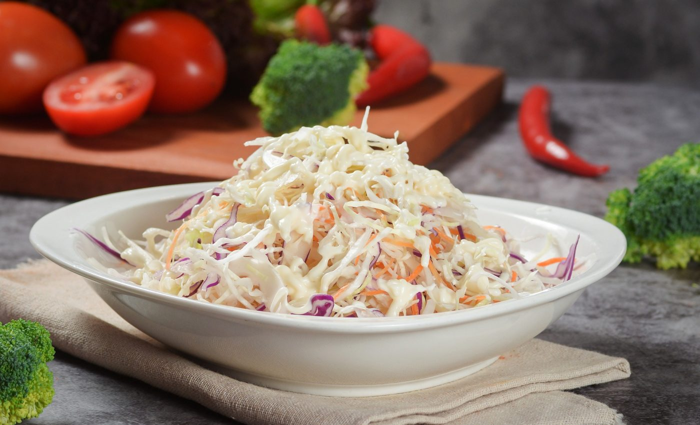 Salata de varza - sfatulparintilor.ro - pixabay_com - salad-4977372_1920