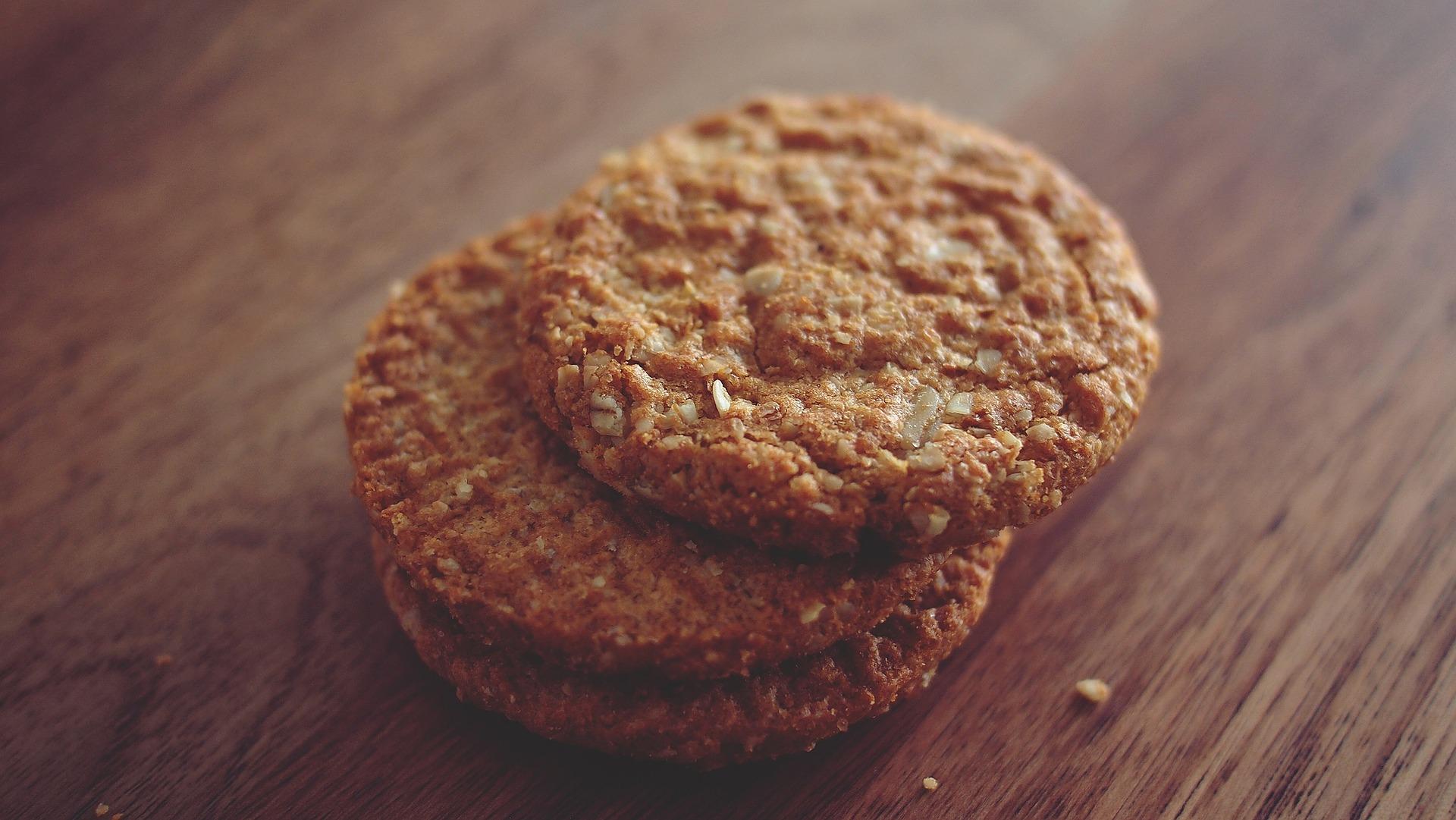 biscuiti de casa - sfatulparintilor.ro - pixabay_com - cookies-690037_1920