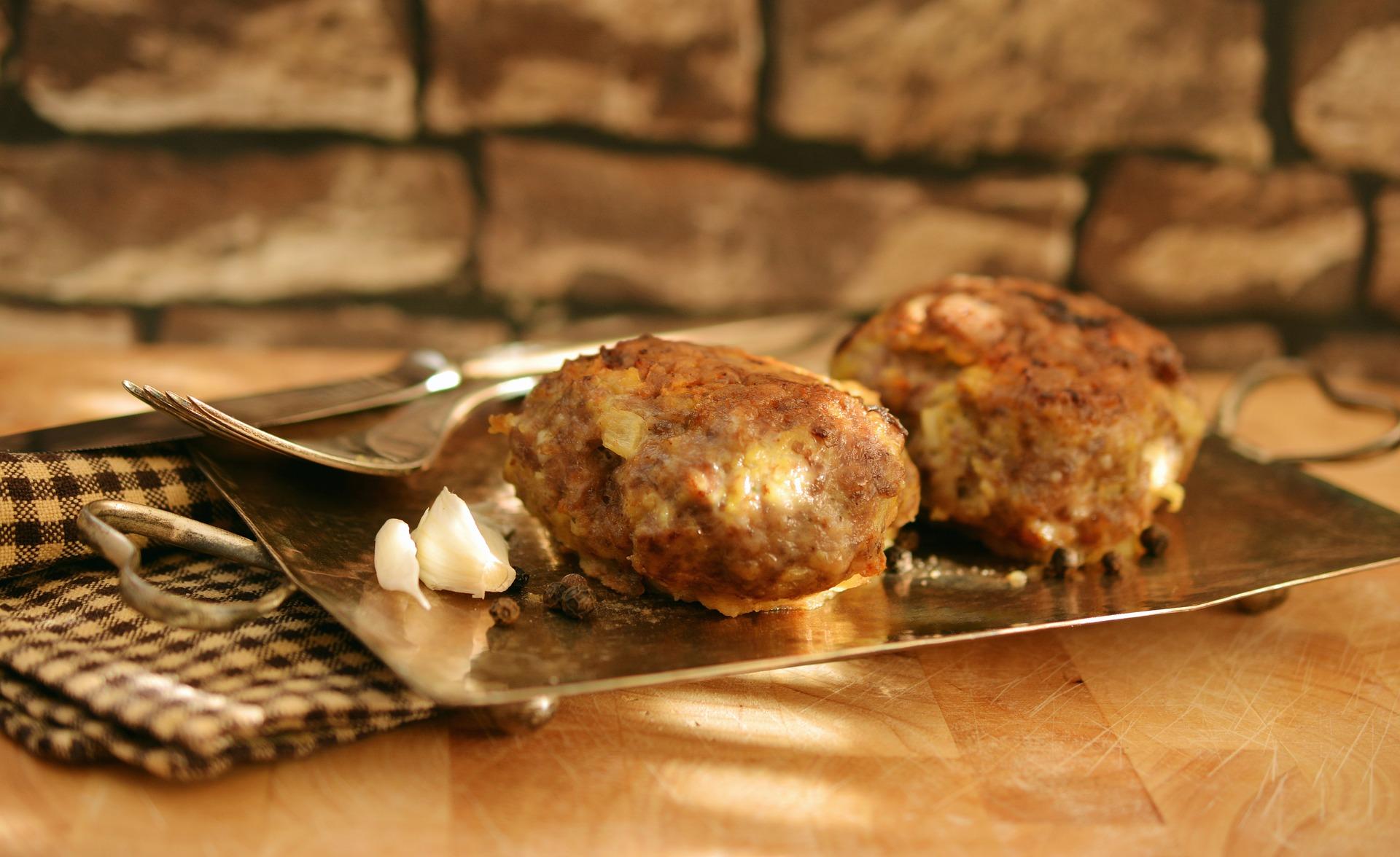 Chiftelute cu carne si legume