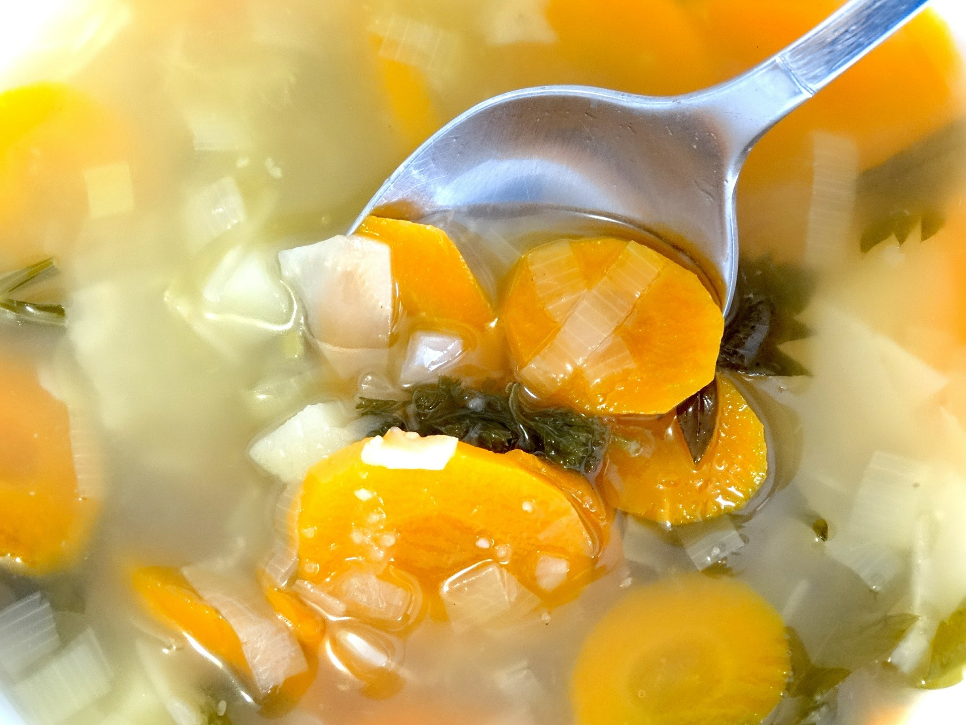 supa de curcan - sfatulparintilor.ro - pixabay_com - vegetable-soup-445160_1920
