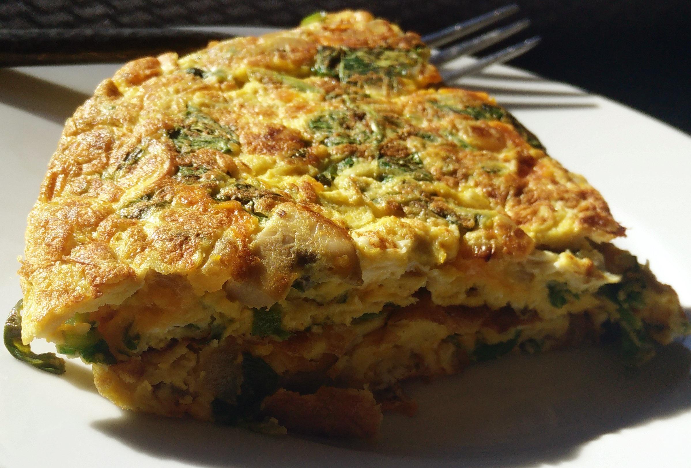 pizza cu cartofi si sunca - sfatulparintilor.ro - pixabay_com - omelette-781105