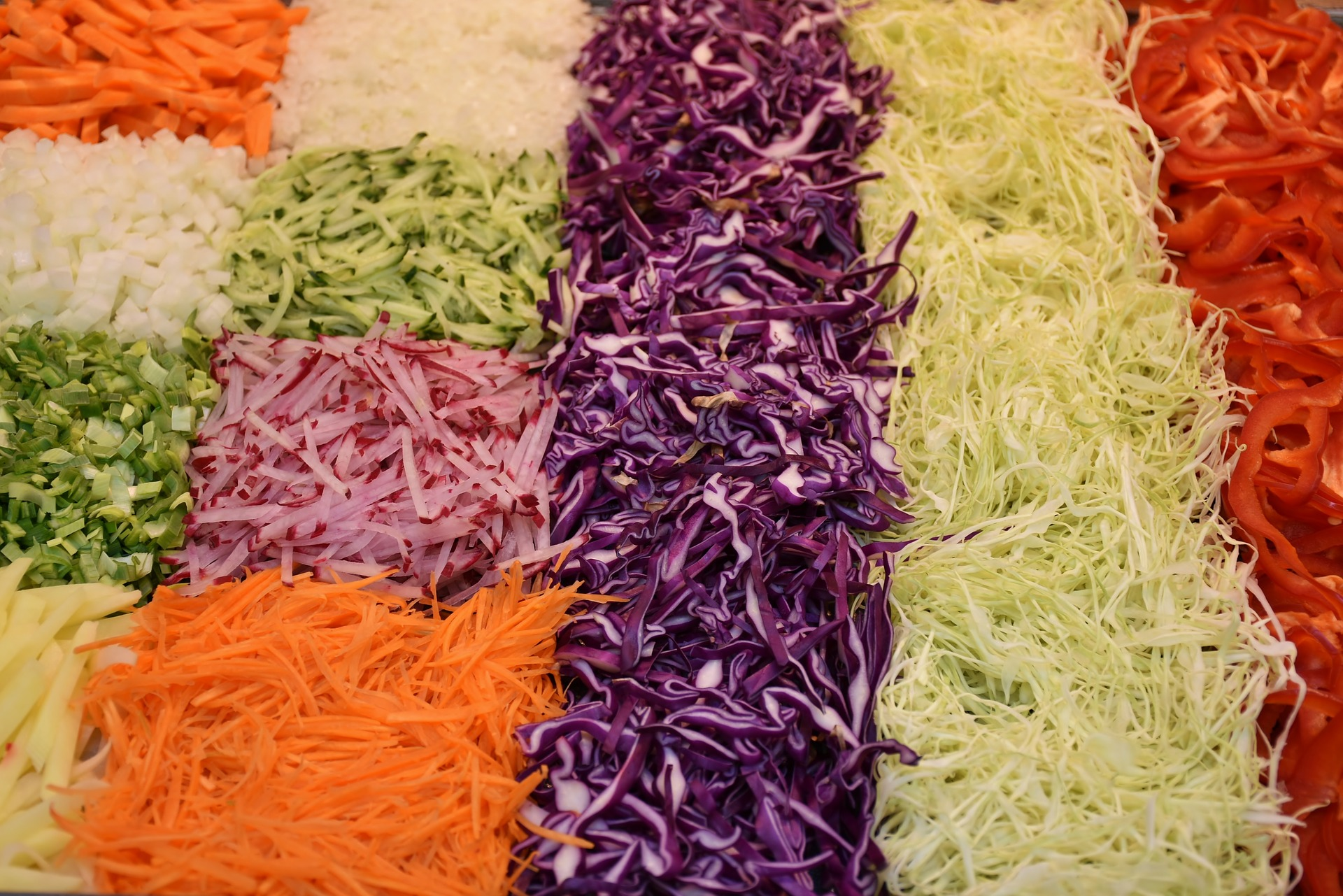 salata de legume - sfatulparintilor.ro - pixabay_com - salad-1570673_1920