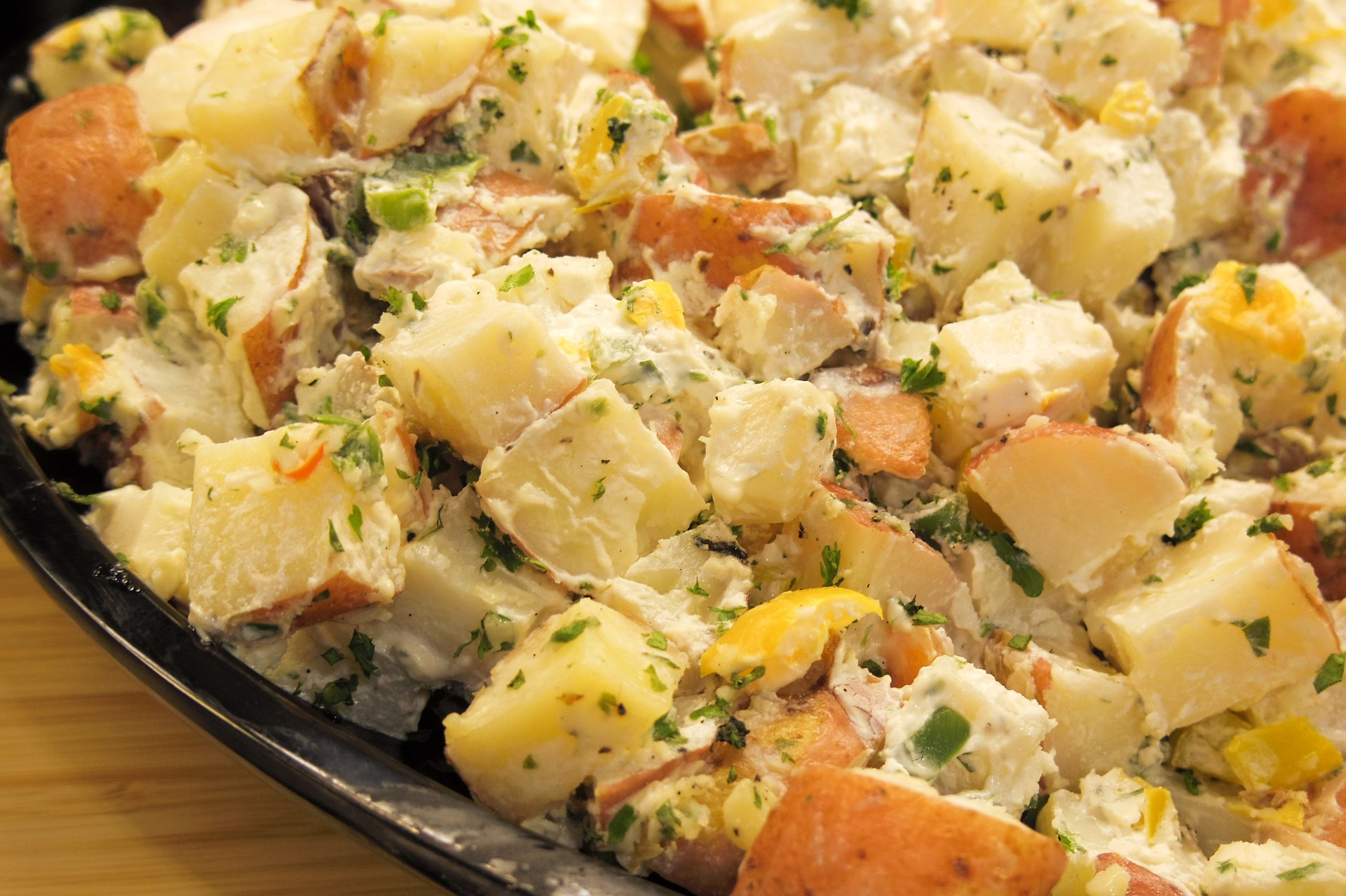 salata orientala - sfatulparintilor.ro - pixabay_com - potato-895006_1920