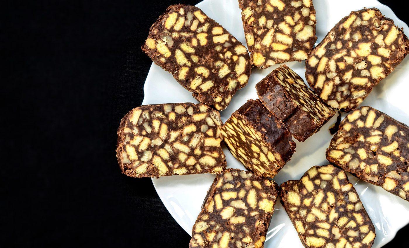 Rulada cu salam de biscuiti - sfatulparintilor.ro - pixabay_com - food-4999564_1920
