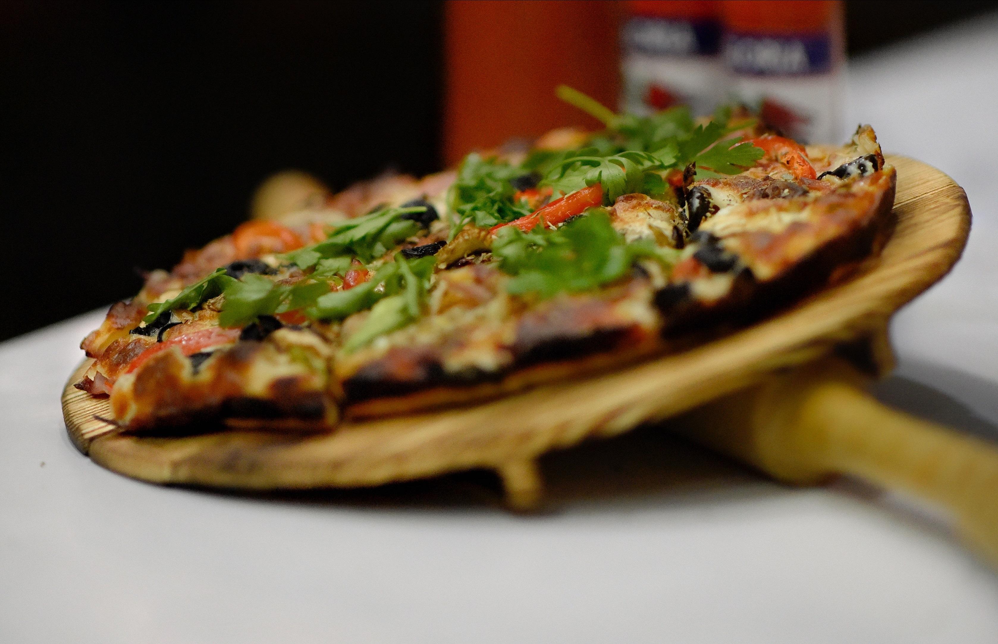 pizza casei - sfatulaprintilor.ro - bahram-bayat-1170409-unsplash