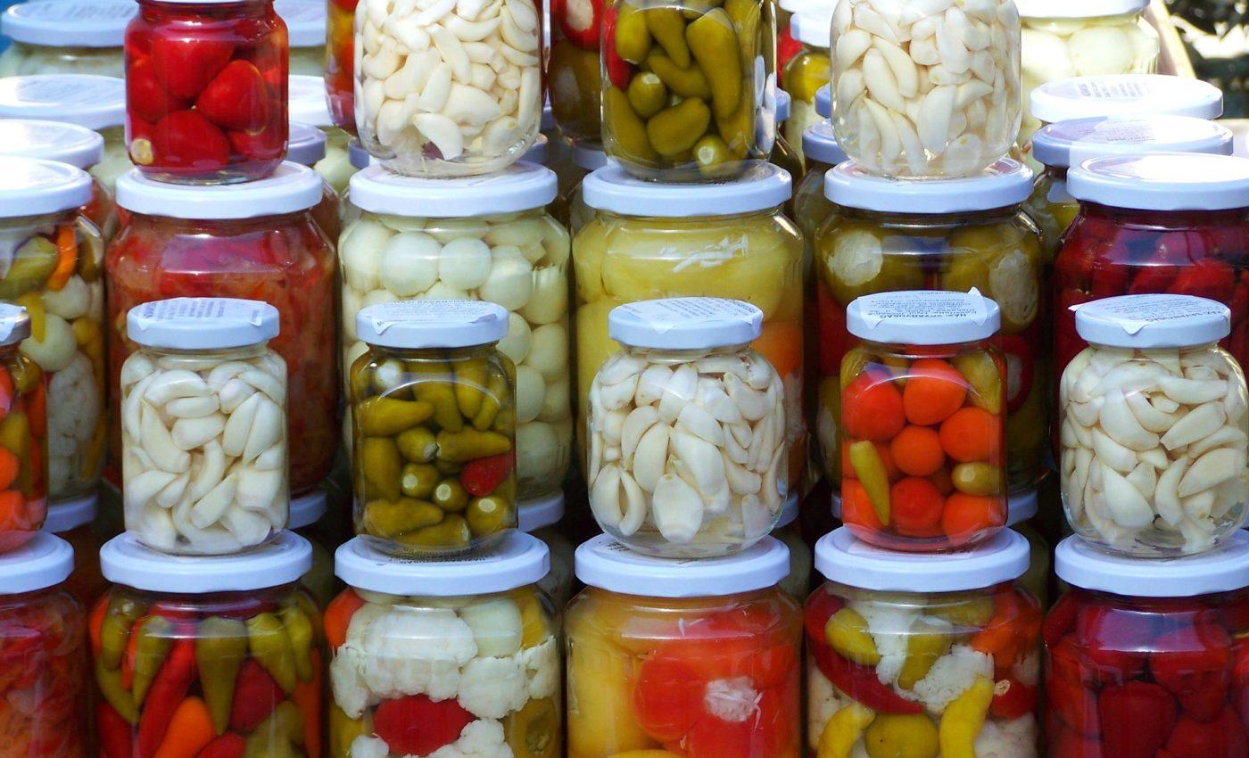 Muraturi asortate pentru iarna - sfatulparintilor.ro - pixabay_com - pickled-vegetables-2110970_1920