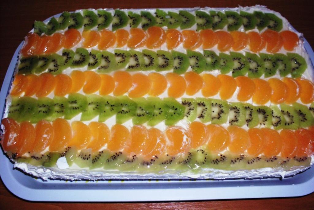 Prajitura diplomat cu fructe
