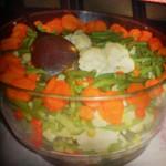 Salata de legume fierte