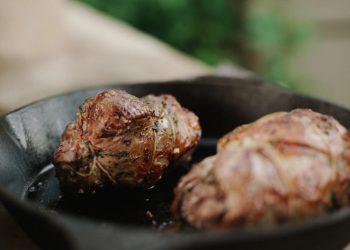 Muschi de porc umplut - sfatulparintilor.ro - unsplash_com - photo-1513134979696-1664819cc84e