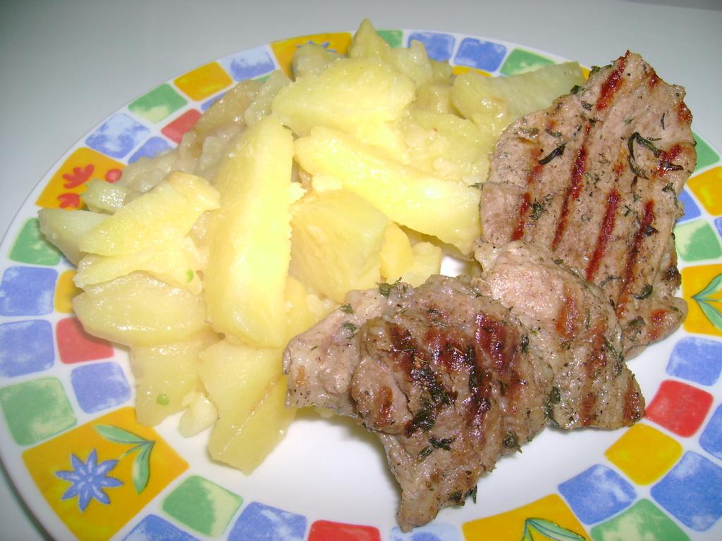 Cartofi taranesti cu carne de porc