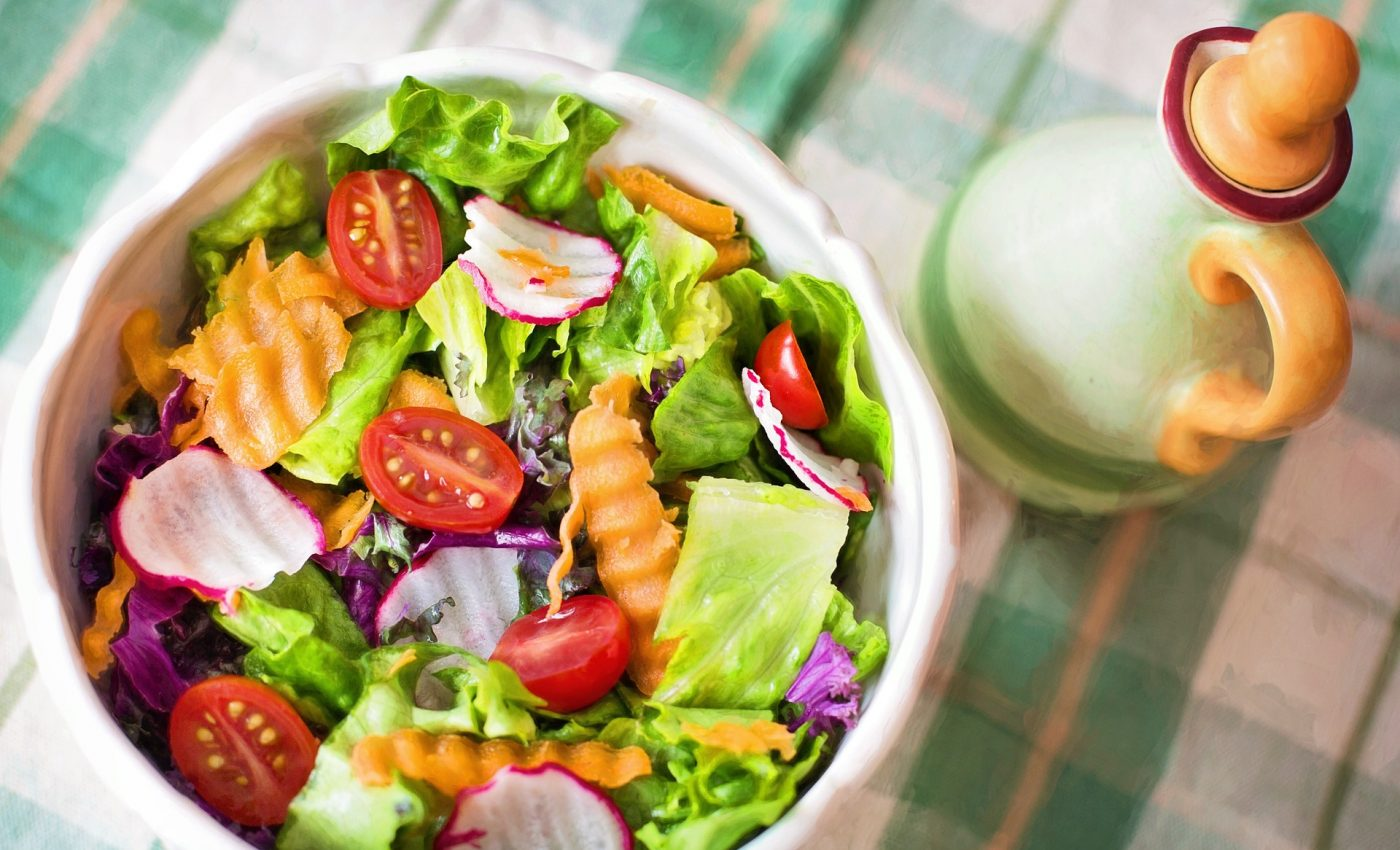 Salata de cruditati - sfatulparintilor.ro - pixabay_com - salad-791891_1920