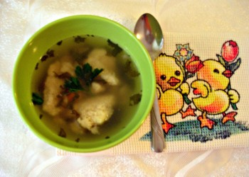Reteta pentru copii: Supa cu galusti