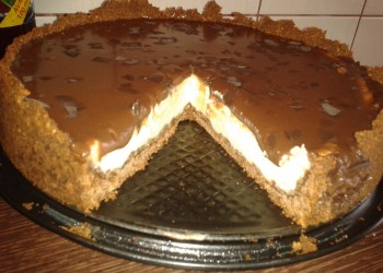 Tarta cu crema de branza si ciocolata