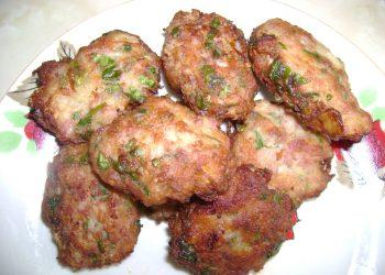 Parjoale de carne cu legume