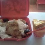 Pachetel de scoala: Cartofi inabusiti cu sos si carne de pui