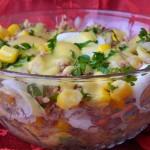 Salata de ton cu sos vinegreta. E gata in 20 de minute!