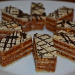 Napolitane cu nuci si caramel