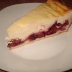 Tarta cu prune si branza