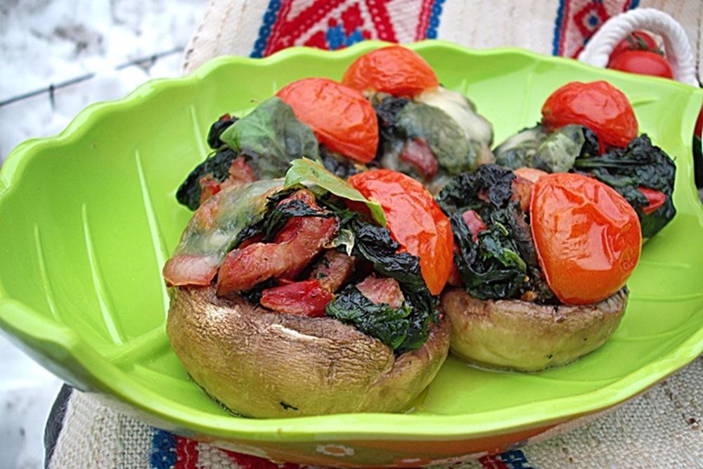 Ciuperci umplute cu spanac