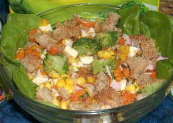 Salata crocanta cu legume